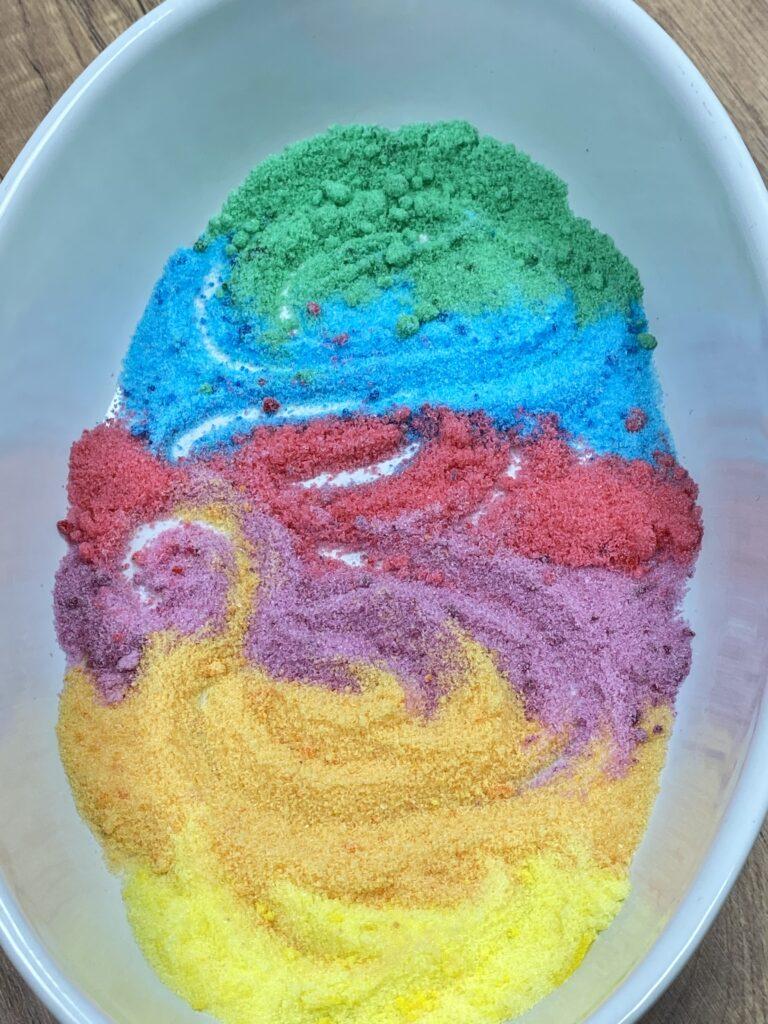 Zucker färben gelingt mit Lebensmittelfarbe ganz einfach